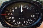 указатели воздушной скорости и числа Маха